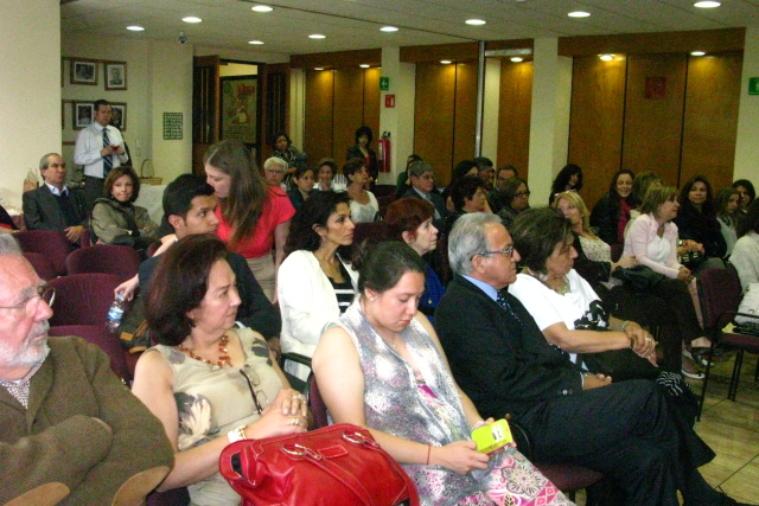 cowap-presentacin-del-libro---intolerancia-a-lo-femenino_15859096599_o