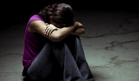 DEPENDENCIA Y DEPRESION EN LA ADOLESCENCIA