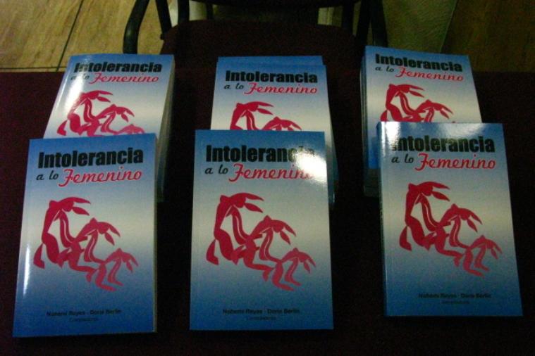 cowap-presentacin-del-libro---intolerancia-a-lo-femenino_15857868580_o